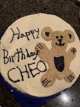 Birthday cake that says 'Happy birthday CHEO'